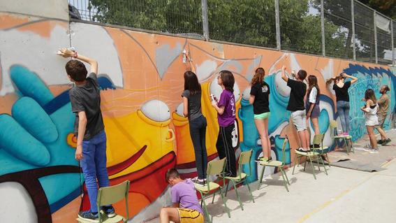 Curso de graffiti graffiti e ilustracion fullet for Materiales para pintar un mural