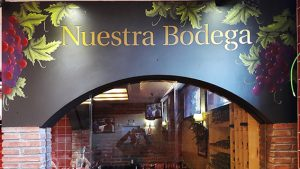 decoracion-restaurante,decoracion-fachada,mural-fachada