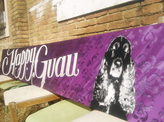 Happy Guau ,decoración rotulo en Sabadell